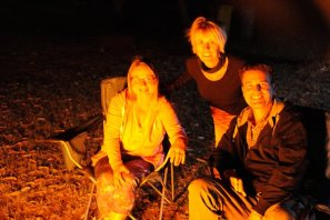 Brigetta & Rouland (Germany) joined us around the fire.